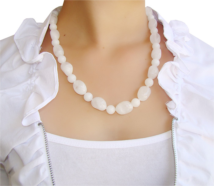 colar de quartzo branco