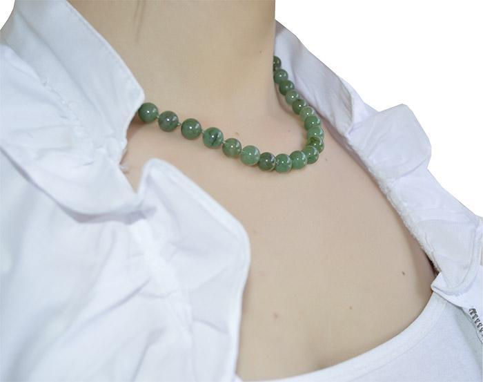 colar de pedra verde natural