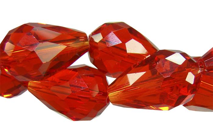 gota facetada de cristal