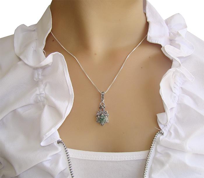 Pingente de Esmeralda natural com Prata 925