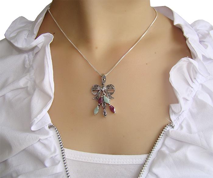 Pingente de Rubi e Esmeralda com Prata 925