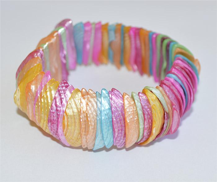 pulseira de madrepérola colorida