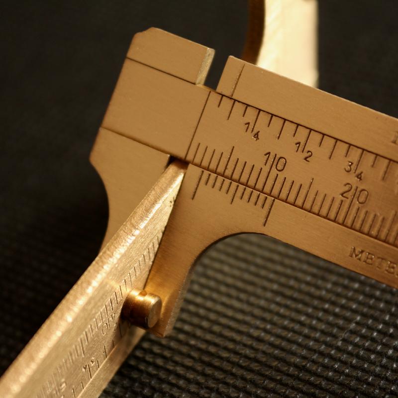 paquimentro de latão 10cm