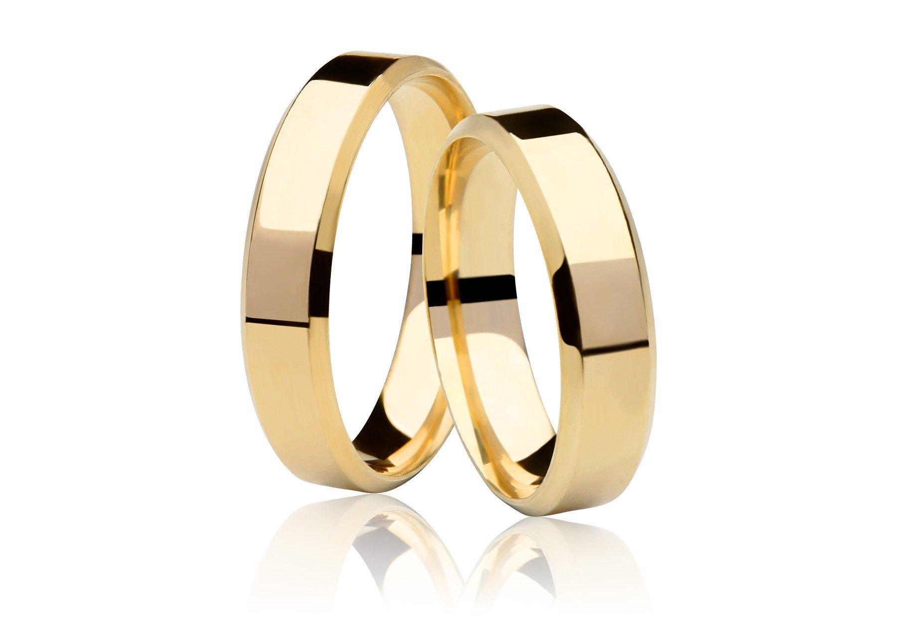 Aliança Chanfrada de Prata Banhada a Ouro  Noivado ou Casamento AB7009