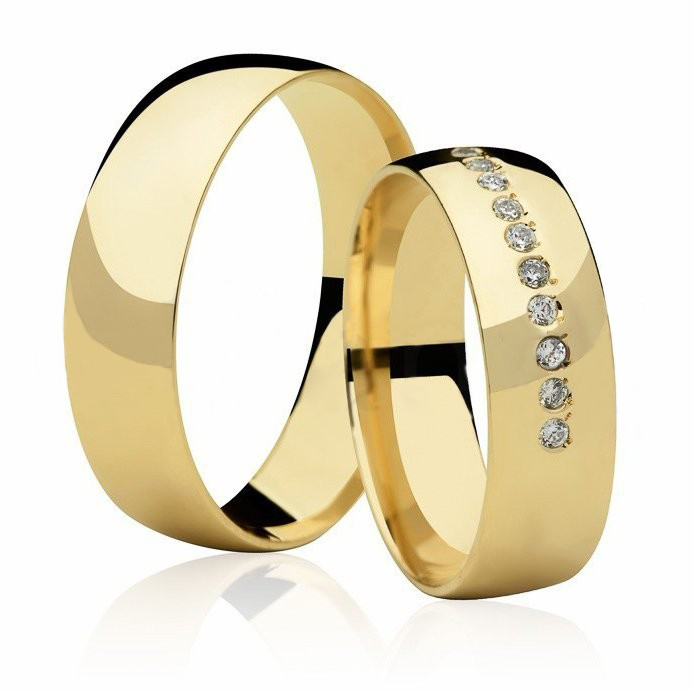 Aliança de Casamento Buquê Ouro 18k Anatômica (5.80mm)