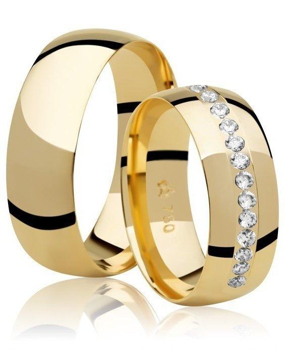 Aliança de Casamento Buquê Ouro 18k Anatômica (6.80mm)