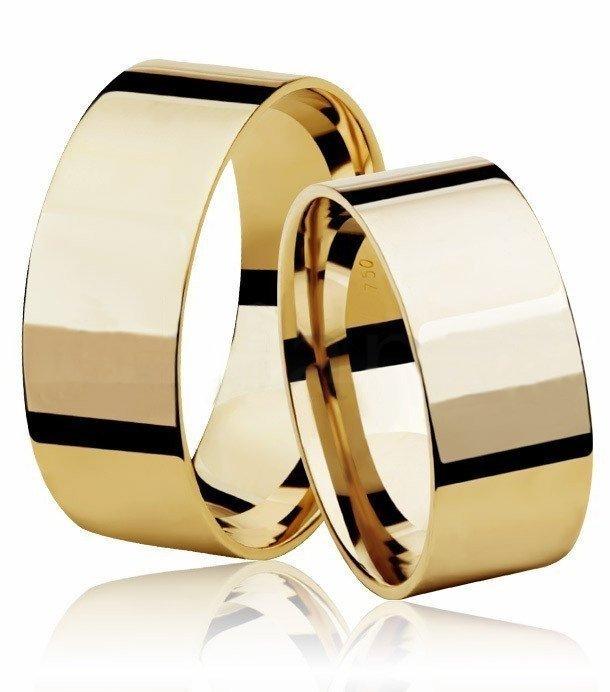Aliança de Casamento Larga Ouro 18k Reta (7.85mm)