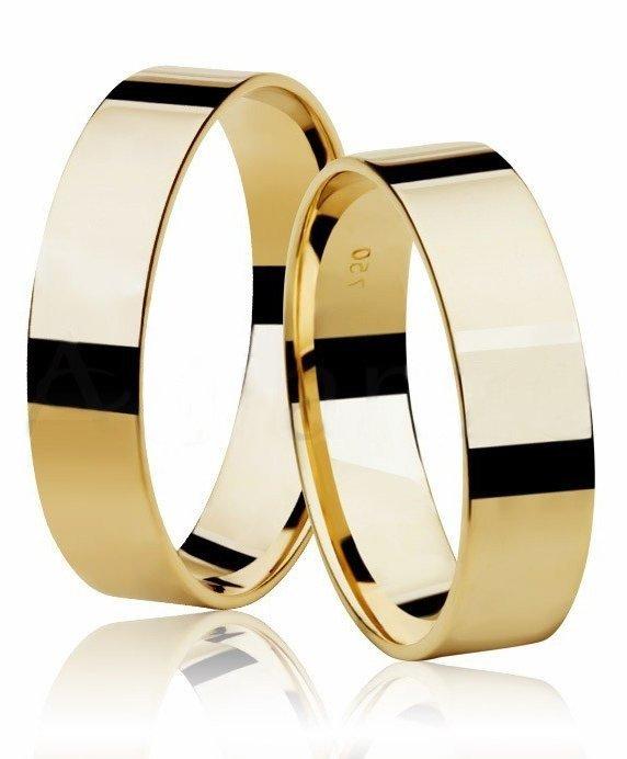 Aliança de Casamento Square Ouro 18k Anatômica - Unitária (5mm)