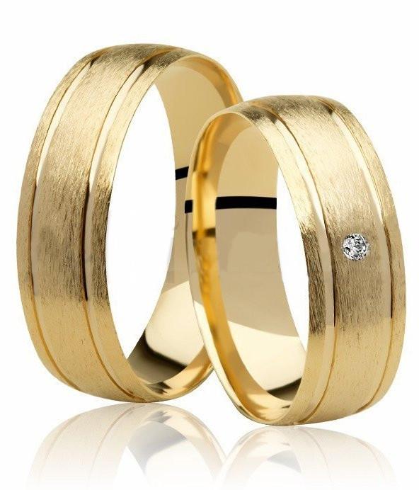 Aliança de Prata Banhada a Ouro  Noivado ou Casamento AB7027