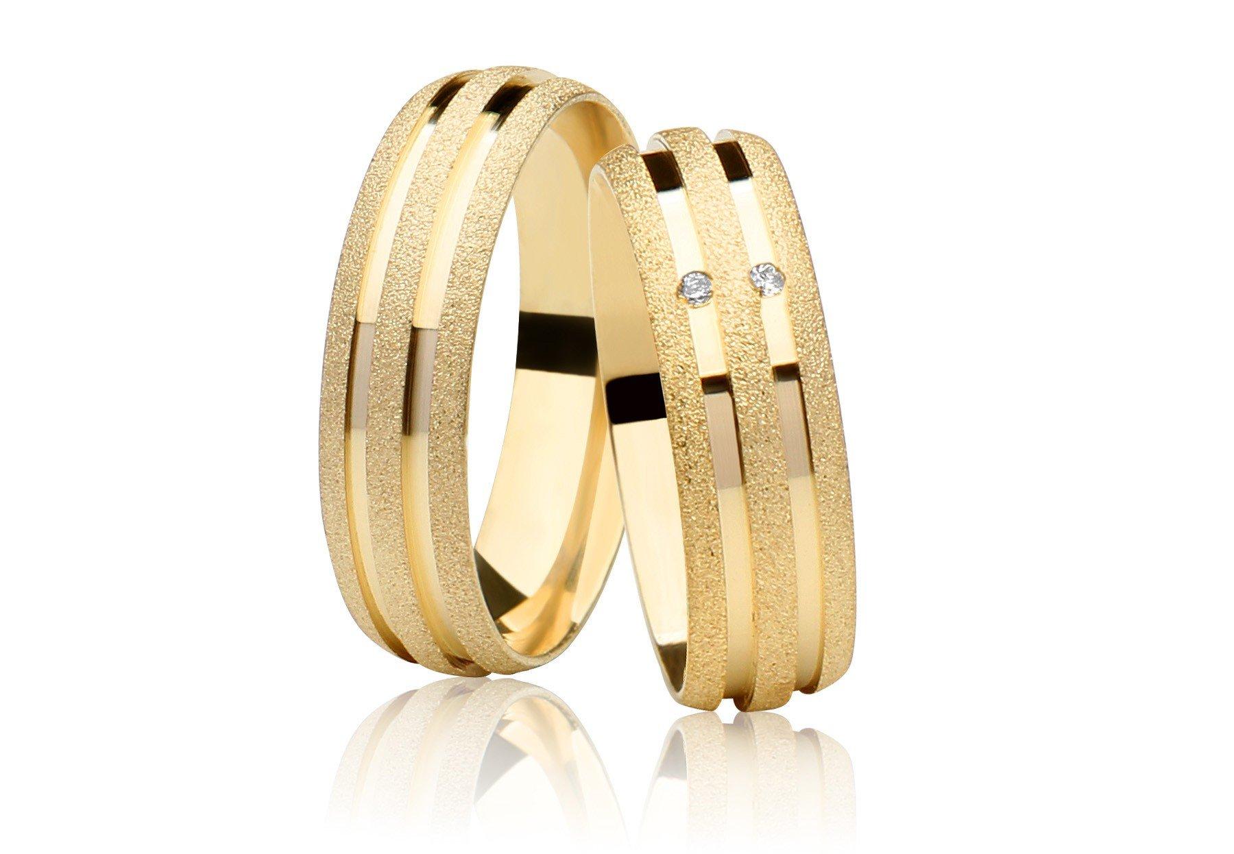 Aliança Diamantada de Prata Banhada a Ouro Casamento AB7038