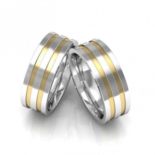 Alianças de Namoro Prata com Filete de Ouro (7mm)