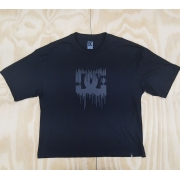Camiseta DC Feminina Paint Drip Boxy Preto