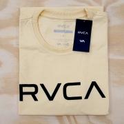 Camiseta RVCA Big Amarela