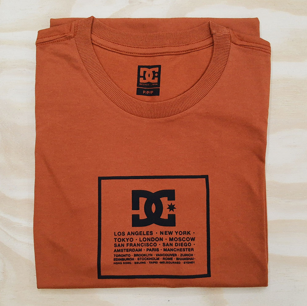Camiseta DC Square Laranja