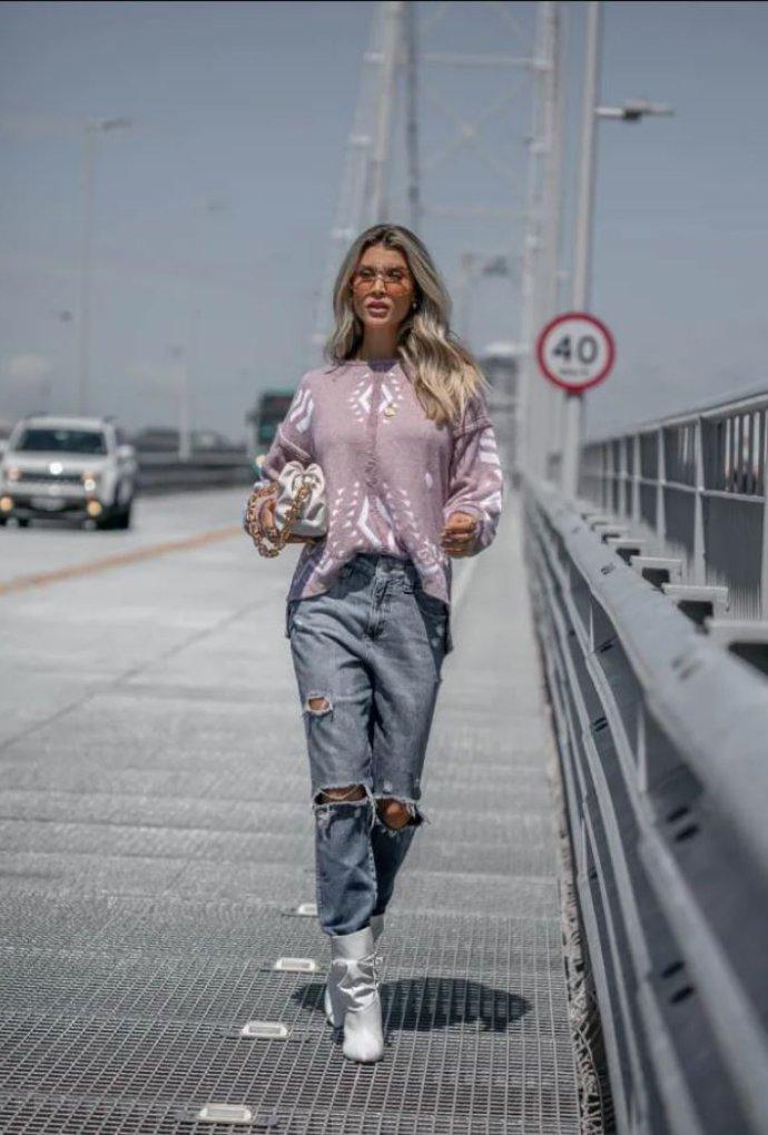 Blusa Sarah Manga Longa Ampla Jacquard Lilás / Branco