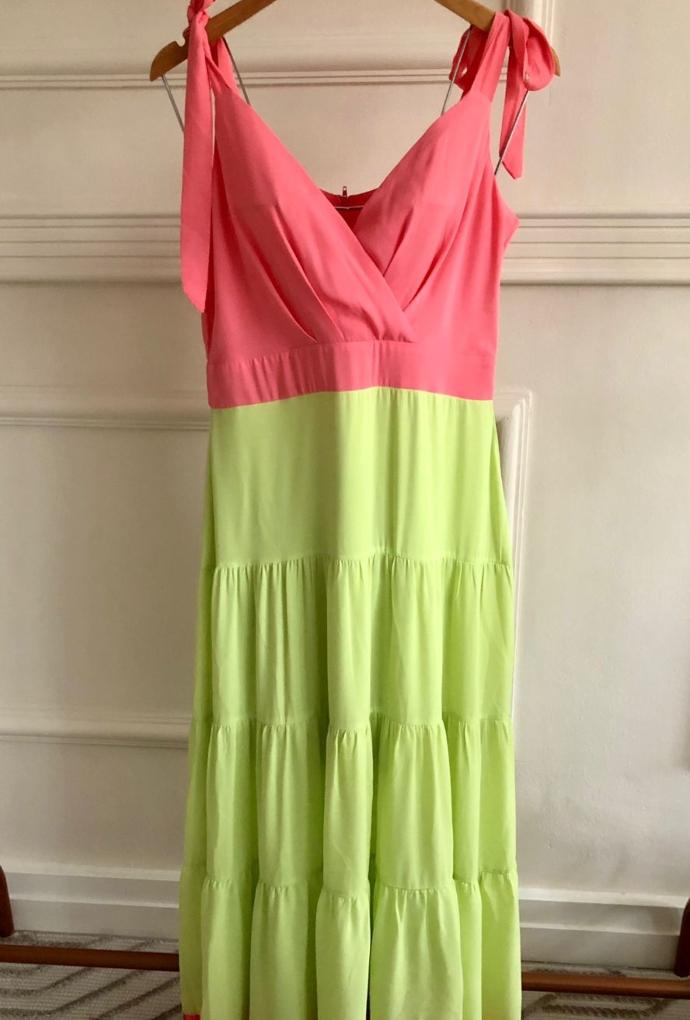 Vestido bicolor longo com laço
