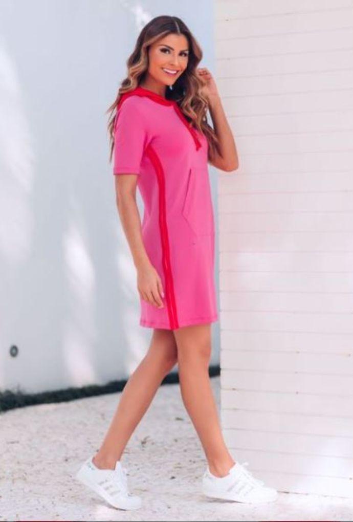 Vestido Moletinho Com Capuz Pink