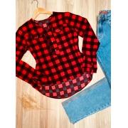 Camisa Manga Longa Decote V com Bolso Falsos Xadrez Vermelho