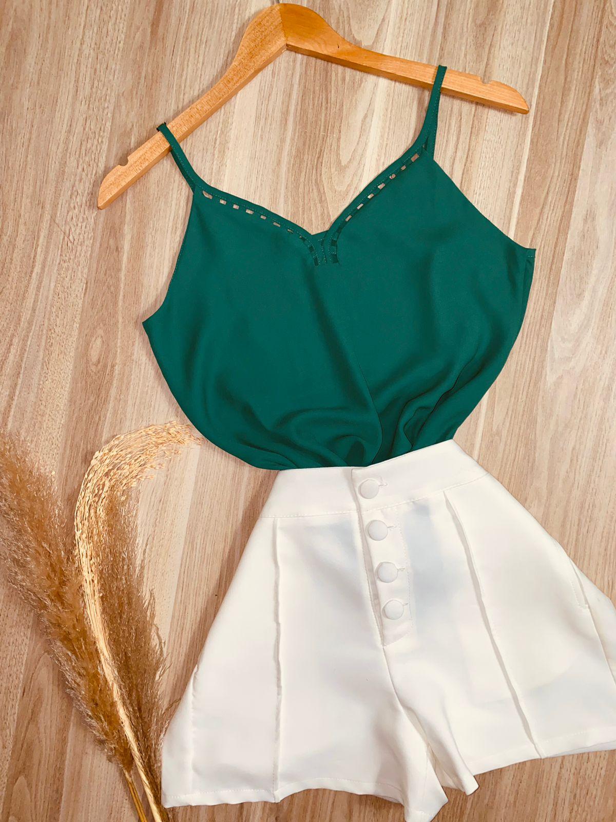 Blusa Alcinha com Detalhes Vazados Verde Bandeira