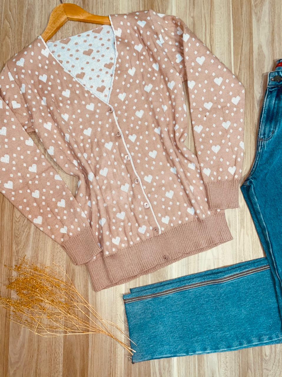 Blusa Cardigan Tricot Decote V Corações Branco