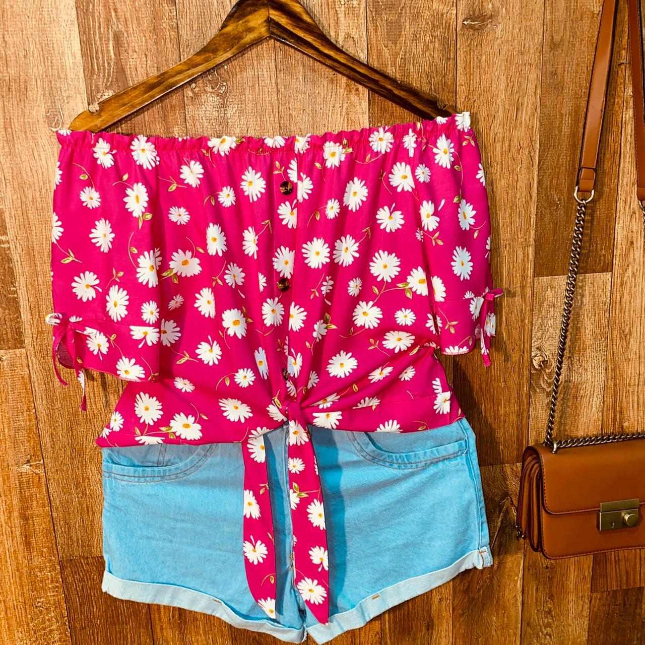Blusa Ciganinha Cropped de Amarrar Botões Falsos Ana Flores