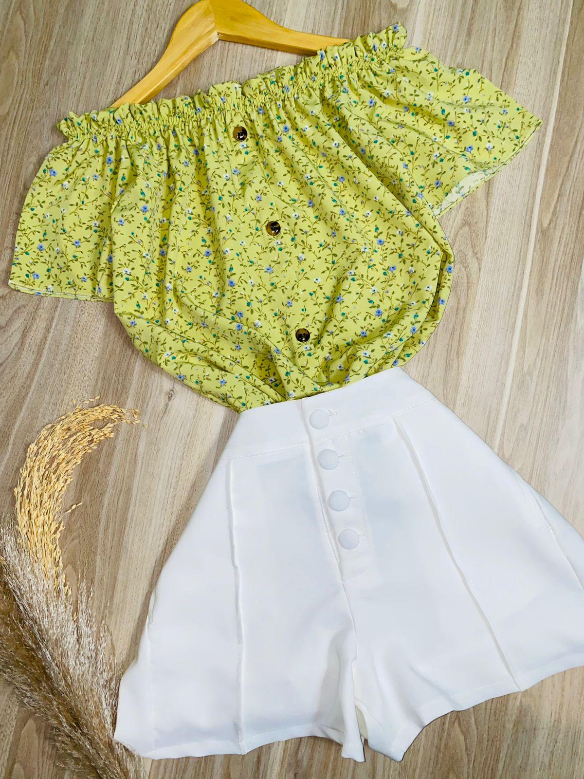 Blusa Ciganinha Manga Curta Botões Falsos Florzinhas Verde