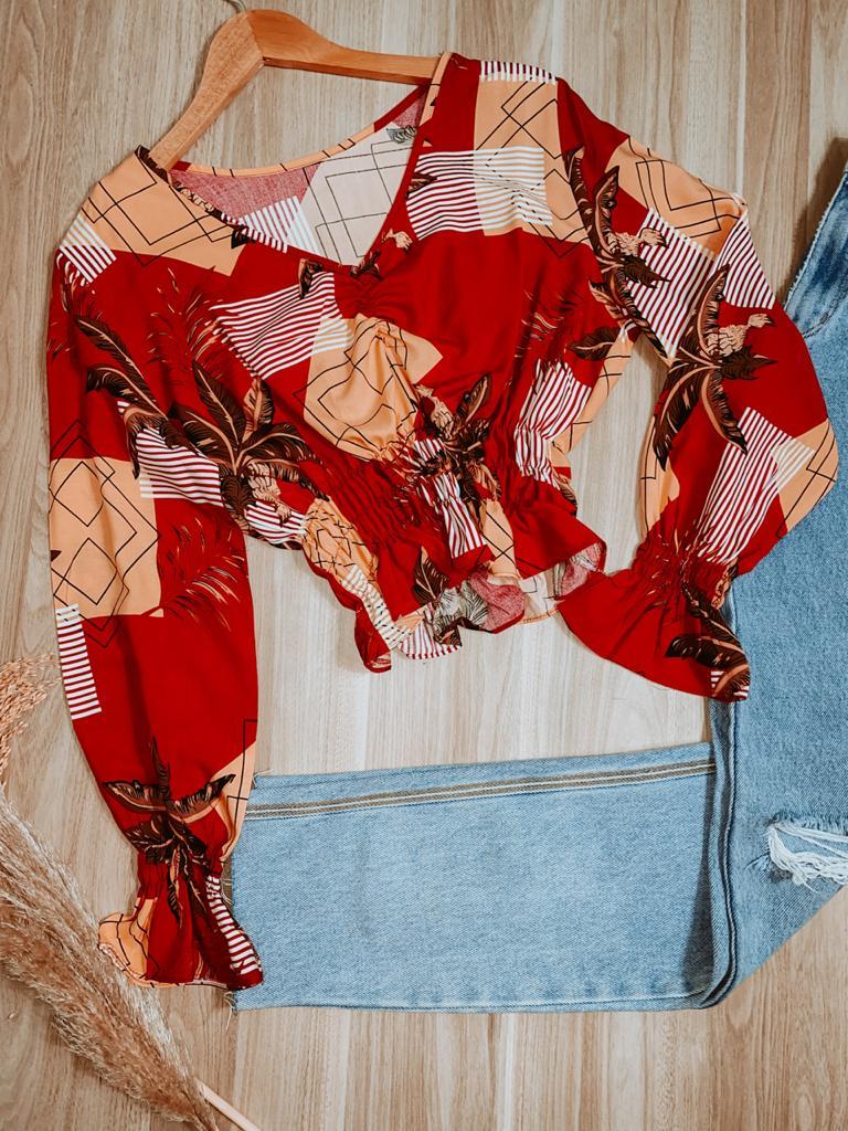 Blusa Cropped Manga Longa com Elastico e Lastex Folhagem Red