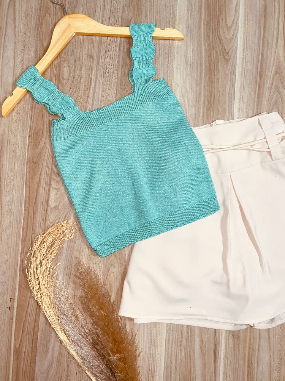 Blusa Cropped Modal com Detalhes na Alça Karina Fashion