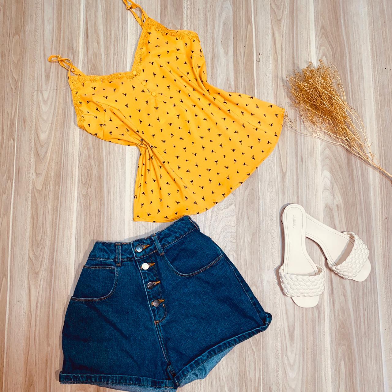 Blusa de Alcinha Luana Flamingos Amarela