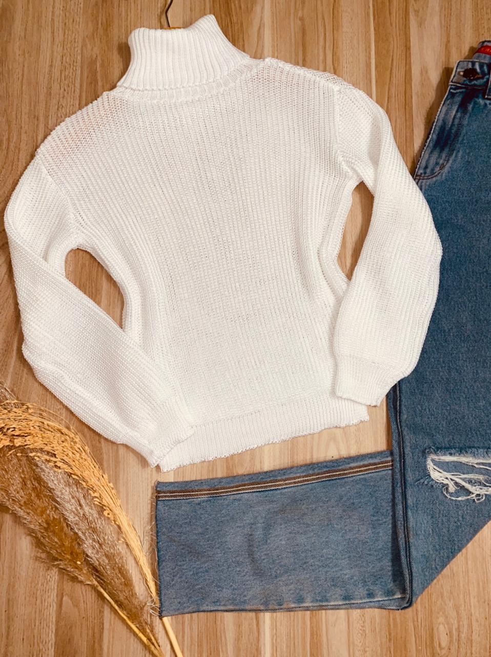 Blusa Tricot Gola Alta com Punho Manu
