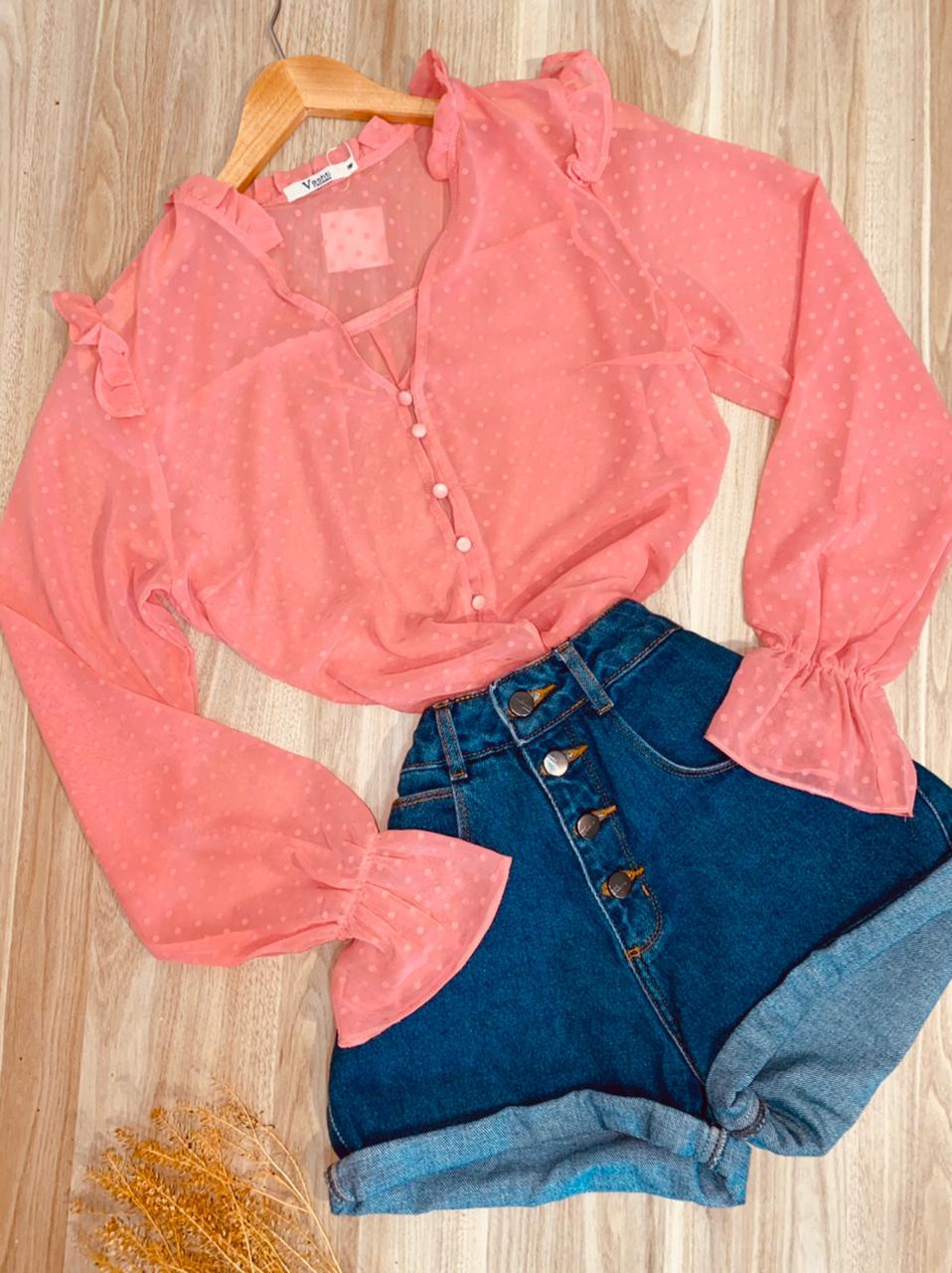 Camisa Chiffon Botões Encapados e Elástico no Punho Rosa