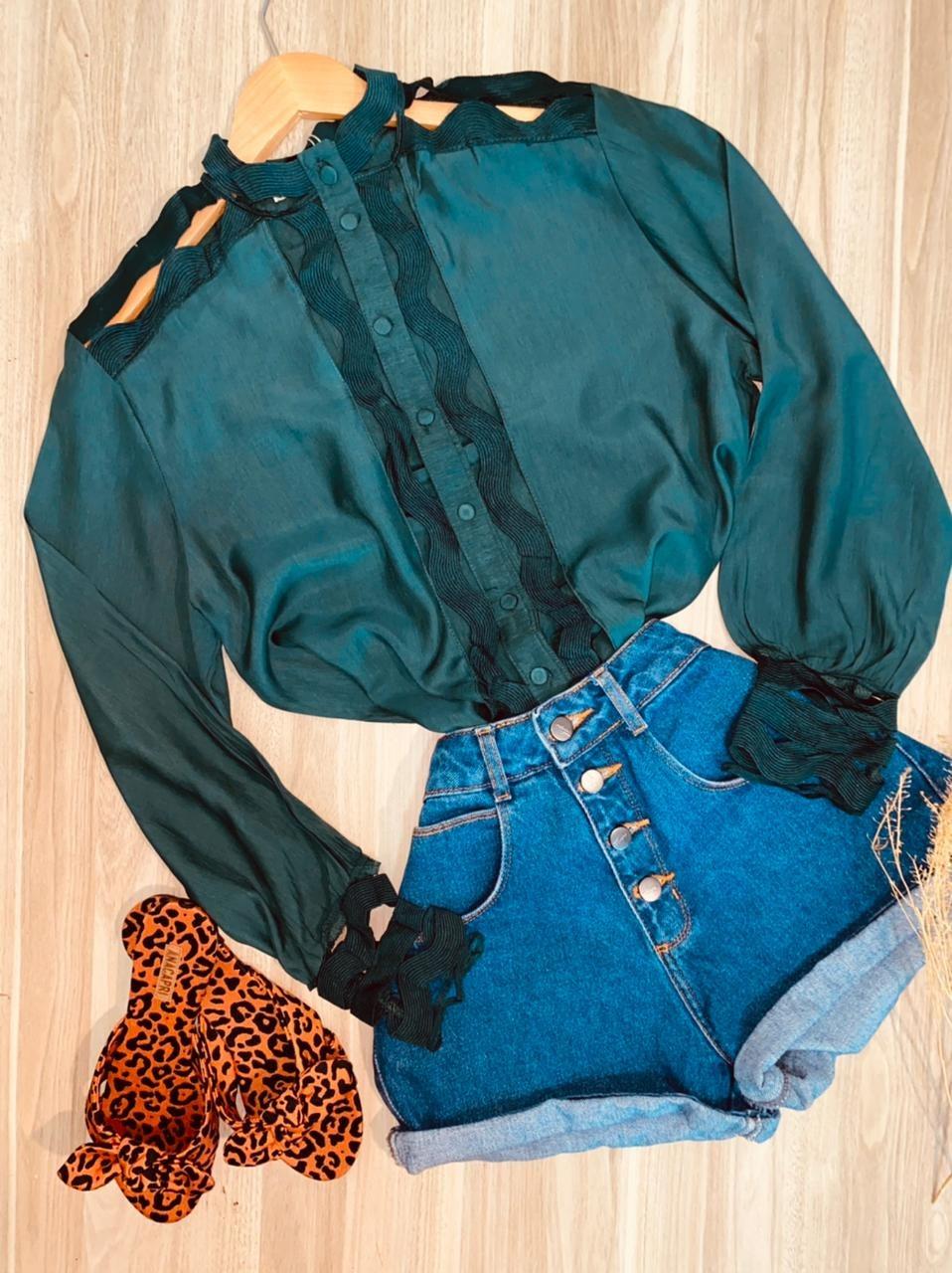 Camisa com Detalhes Vazados Fashion Sarah Verde