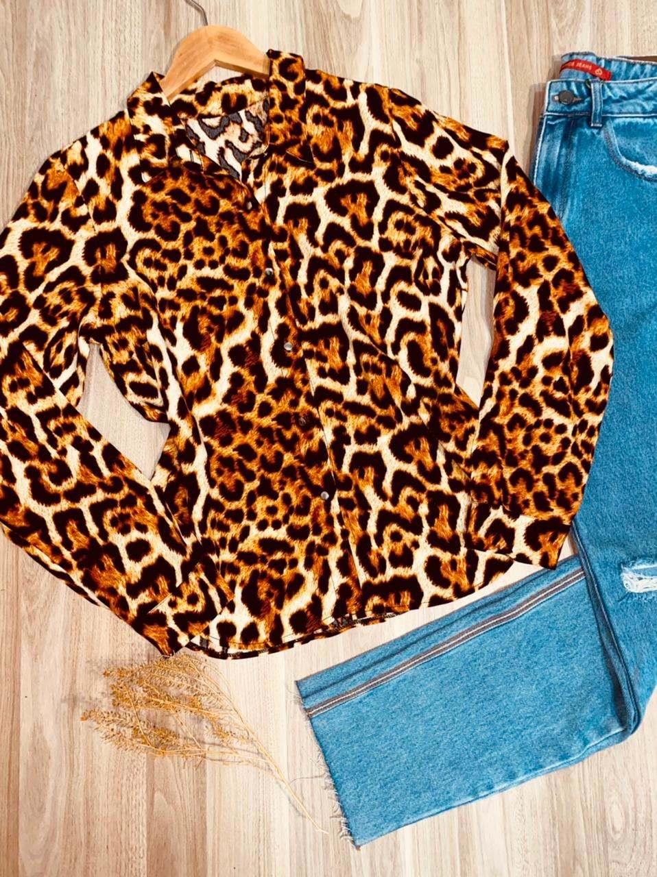 Camisa Manga Longa com Botões Florença Animal Print