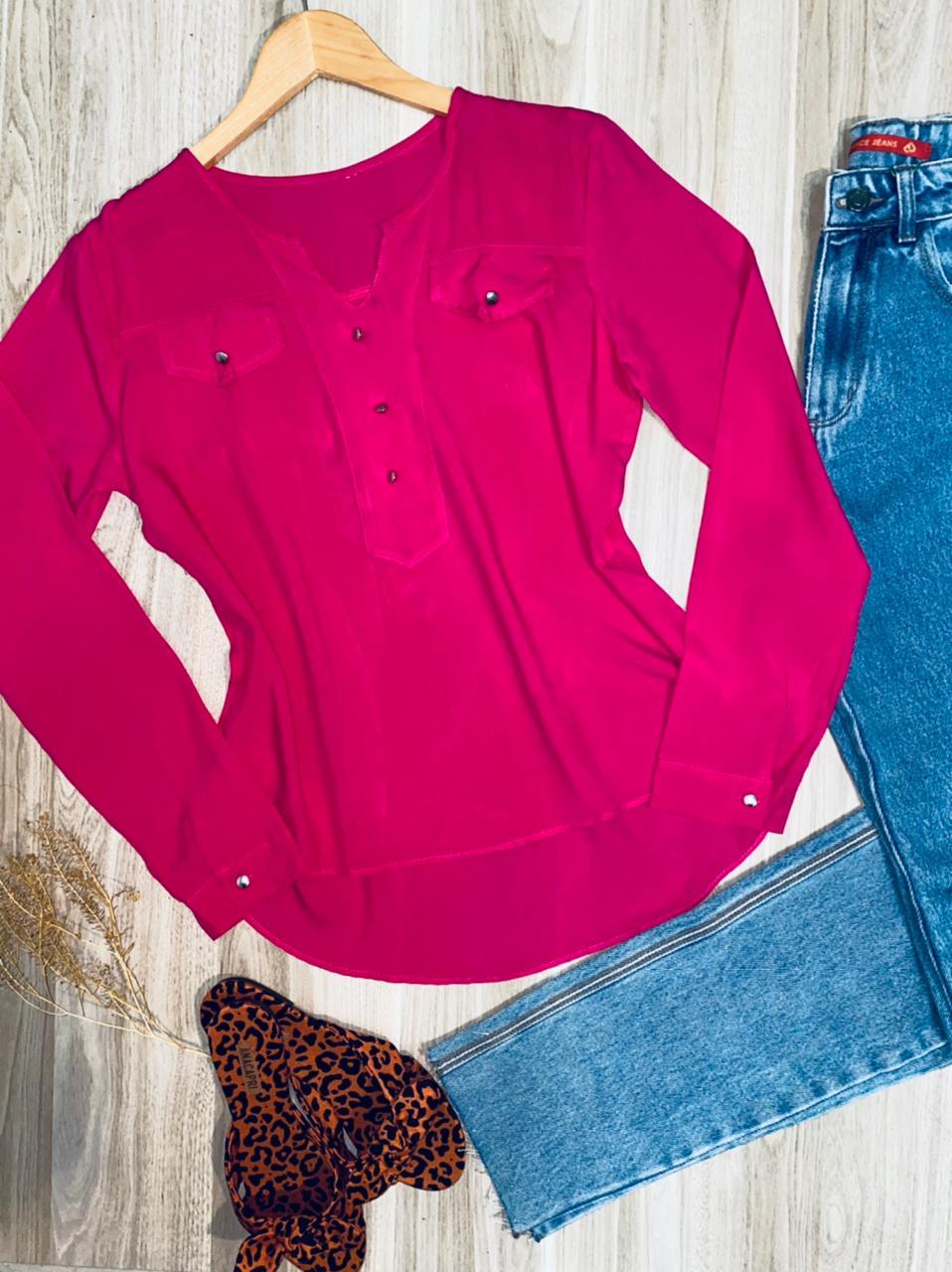 Camisa Manga Longa Decote V com Bolso Falsos Florença Pink