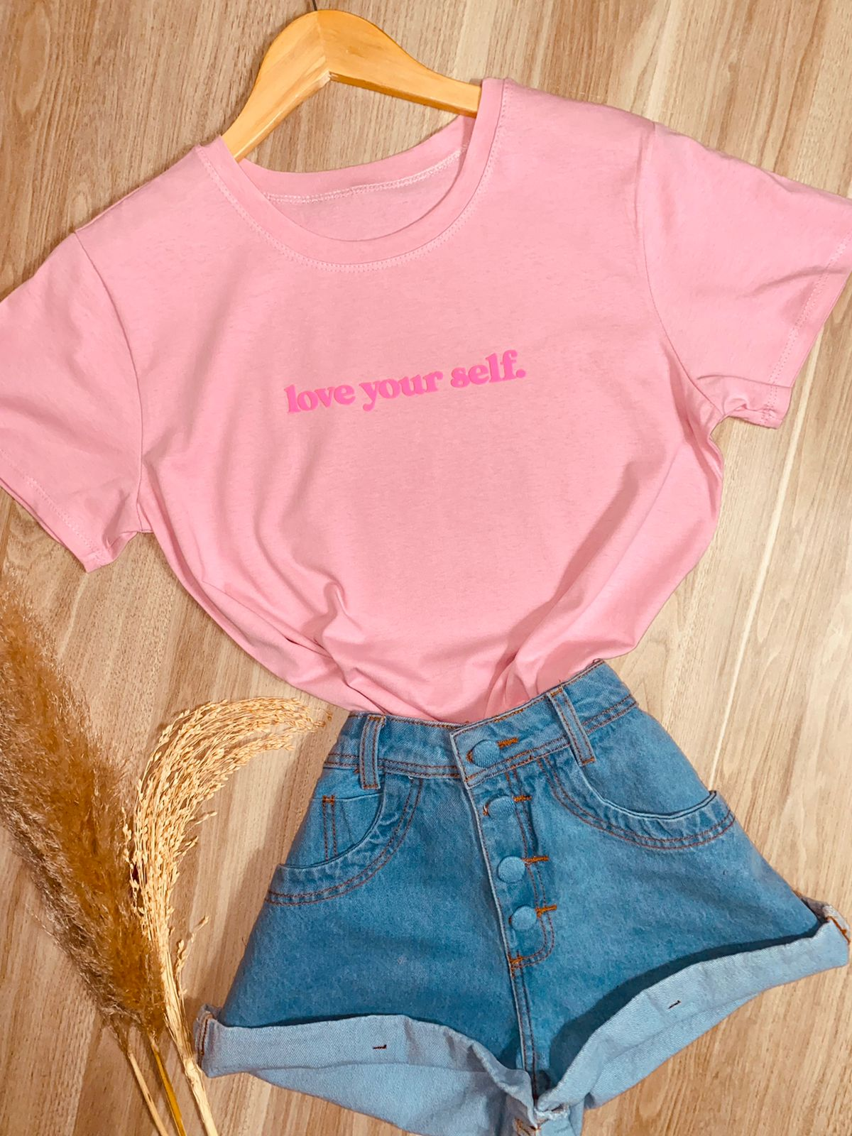Camiseta Love Your Self