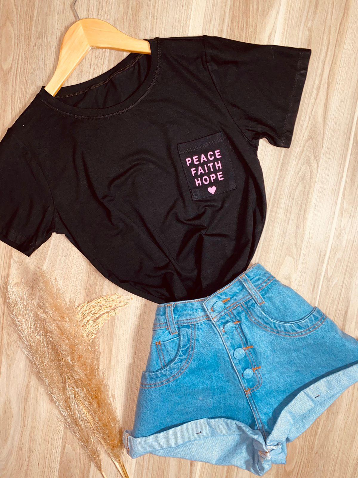 T-shirt Bolsinho Peace Faith Hope