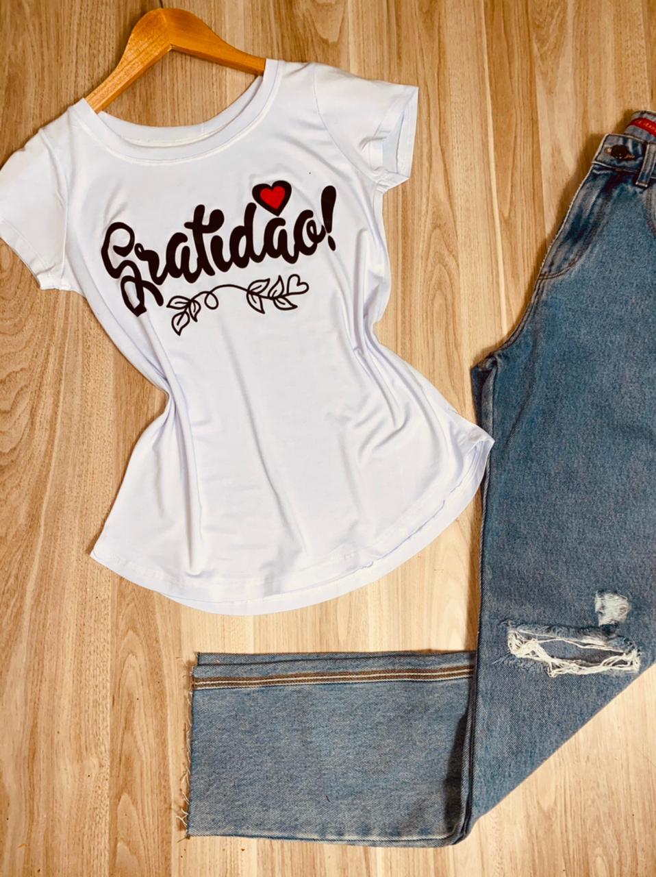T-shirt Gratidão com Coração