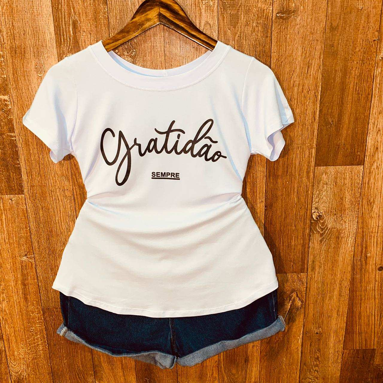T-shirt Gratidão Sempre