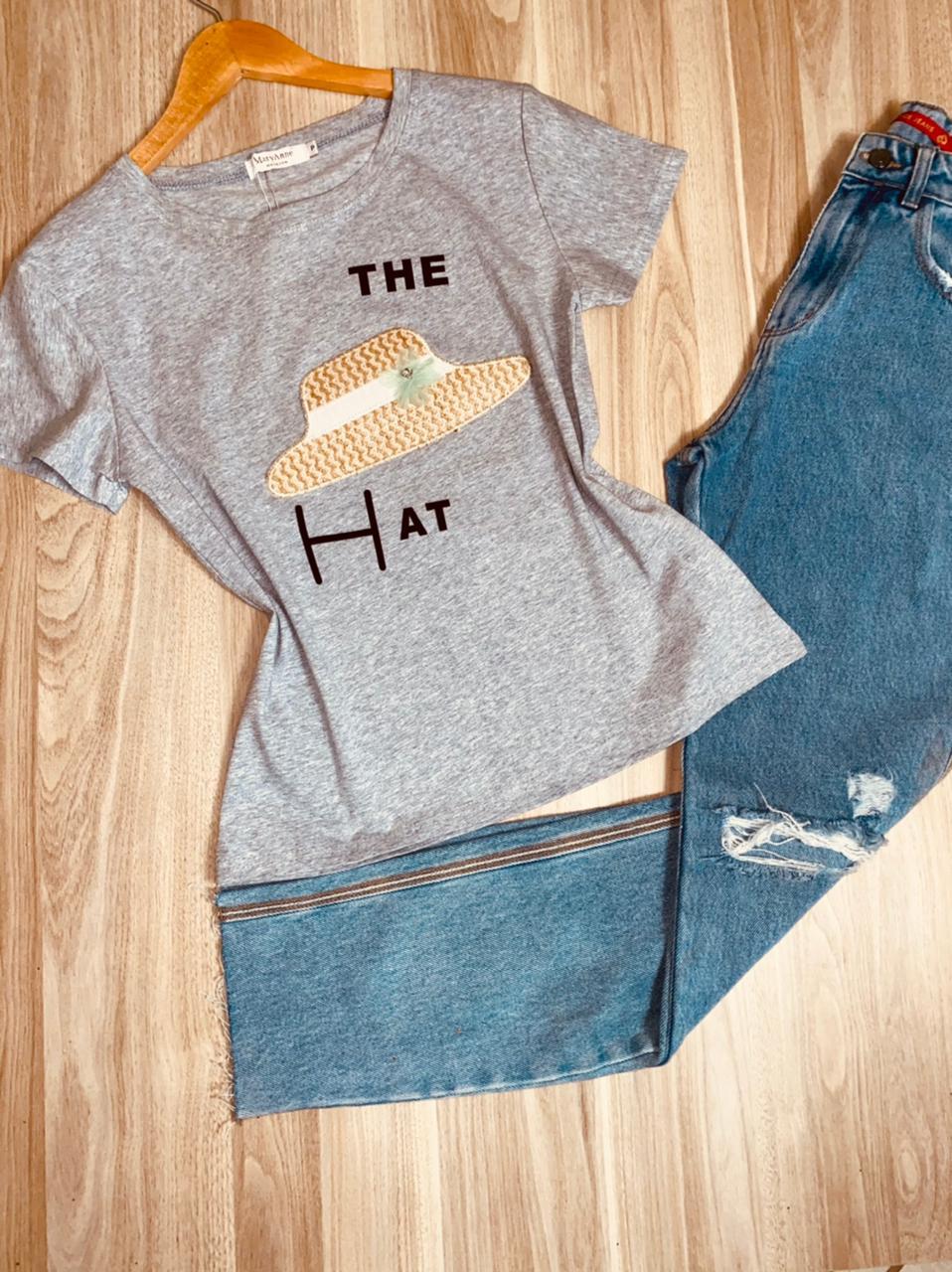 T-shirt Top The Hat Cinza Claro