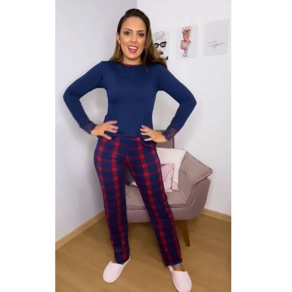 Pijama Longo Feminino de Suede com detalhes em Renda