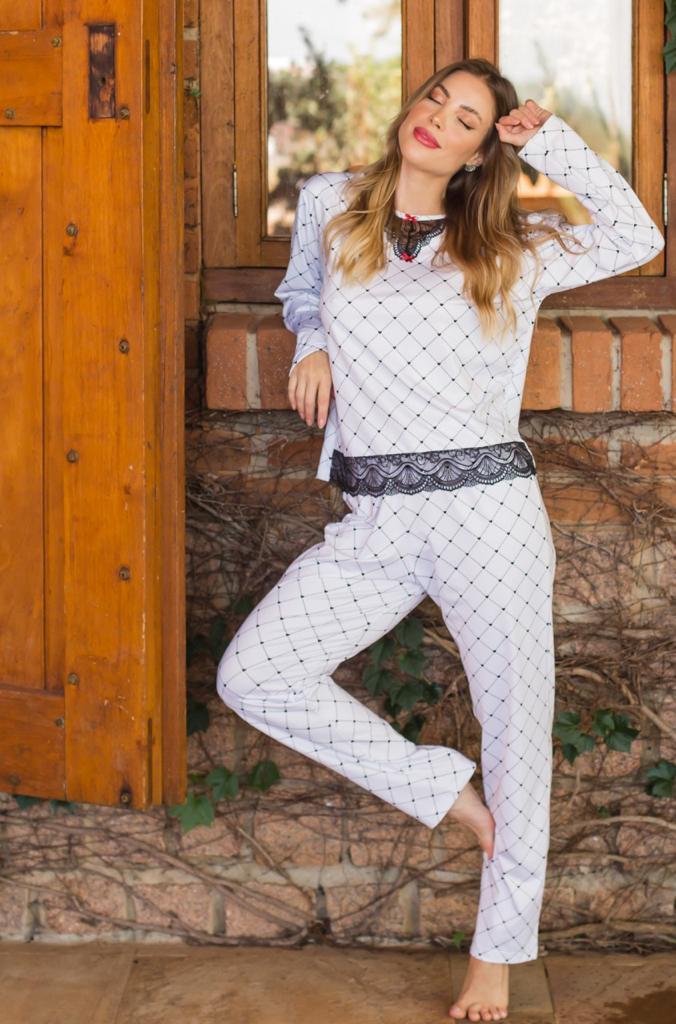 Pijama Longo Refúgio de Liganete e Renda