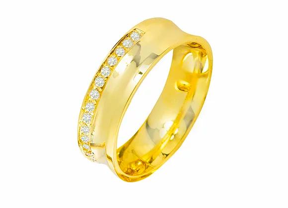 Aliança ouro amarelo e e brilhantes