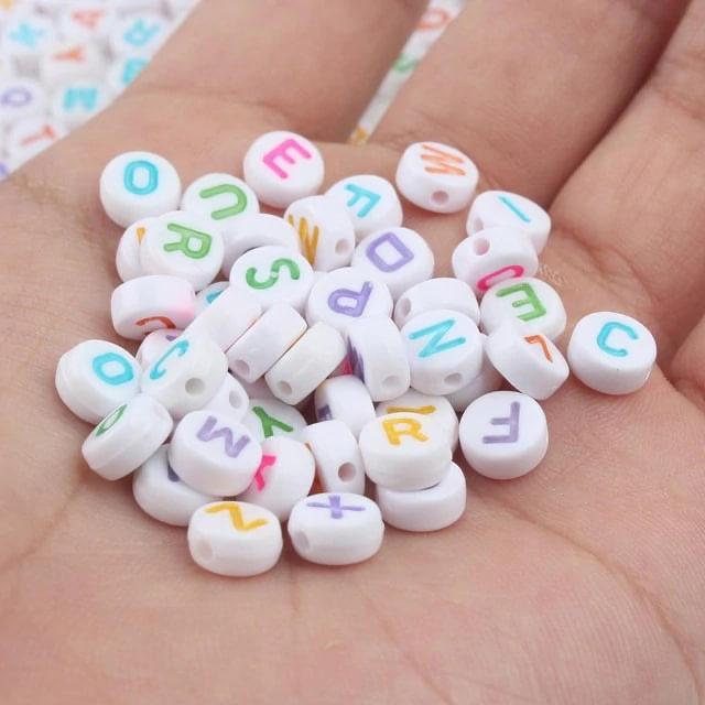 120 Miçanga de LETRAS Coloridas / Bijuterias / DIY / Infantil / Alfabeto / 20g