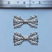 Ferragens - 2 Lacinhos pratas