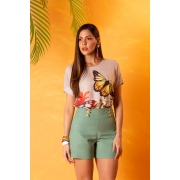 Blusa com Print Tropical
