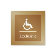 Placa para Banheiro Exclusivo P.N.E. - 14 X 14 cm - Ouro Velho