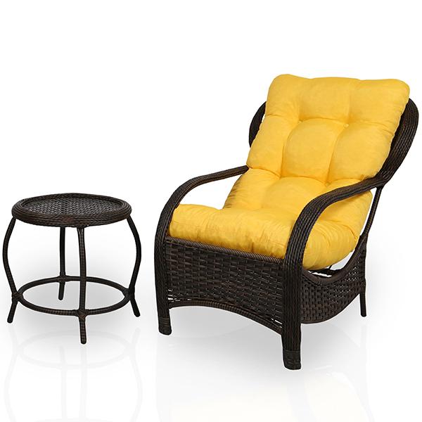 Cadeira de Fibra com Mesa e Almofada Amarela