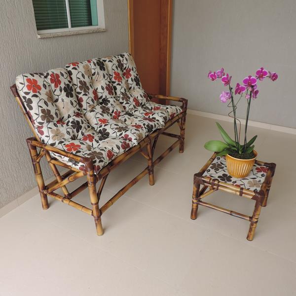 Kit Sofá de Bambu 3 Lugares com Almofadas Flores Hibiscos