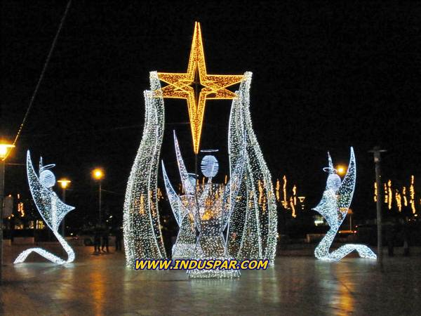 144-FA - Torre Anjos com Estrela e Colunas Glamour Iluminada de Natal -  Tam 5,00 x 10,00 Metros