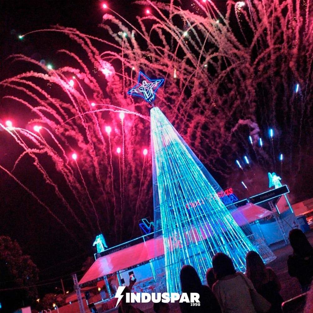 AR-039 - Árvore de Natal Led Planos Cintilantes
